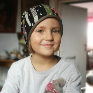czapka dla dziewczynki 4-5 letnie wiosenna kolorowa