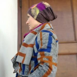 czapka damska wełniana brązowa z aplikacją z wełny merynosów