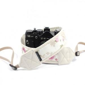 Pasek do aparatu fotograficznego Romantic z ecru