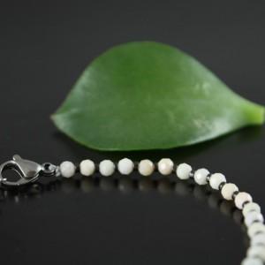Bransoletka z białych kamieni naturalnych