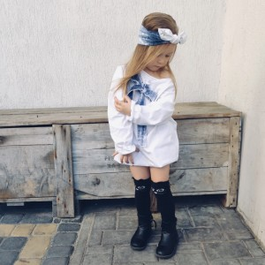 Sukienka dziewczęca biała bombka