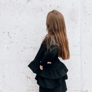 Sukienka dziewczęca czarna z falbanką