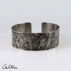 Kamień - metalowa bransoletka średnia 200611-02