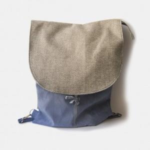 Brudnoniebieski plecak z plecioną klapą