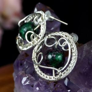 Rubin w zoisycie srebrne kolczyki z rubinem, ręcznie wykonane, prezent dla niej prezent dla mamy, prezent urodzinowy biżuteria autorska
