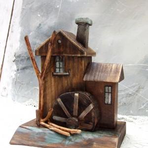 Młyn nr 28 - domek dekoracyjny z drewna