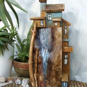 Miasteczko nad urwiskiem - drewniana dekoracja do domu