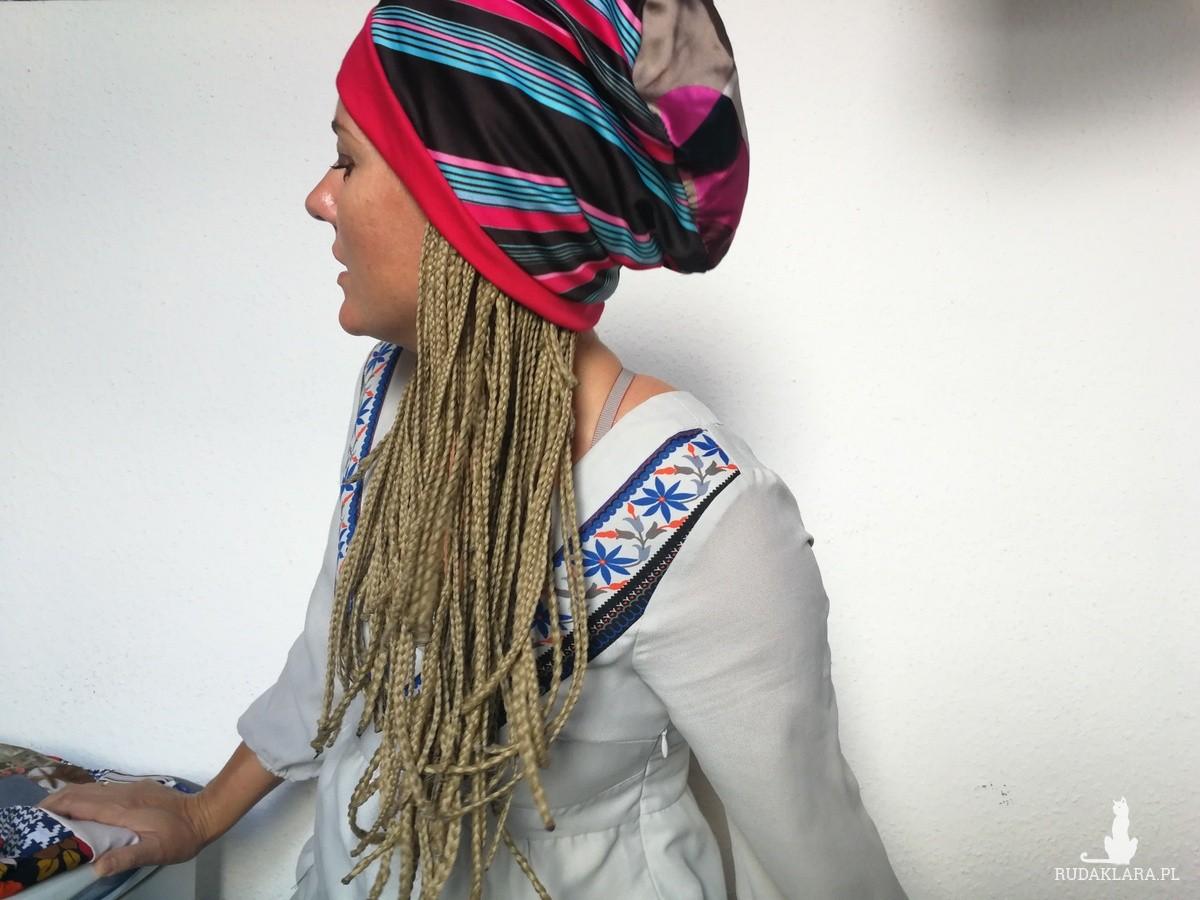 czapka damska uniwersalna na podszewce