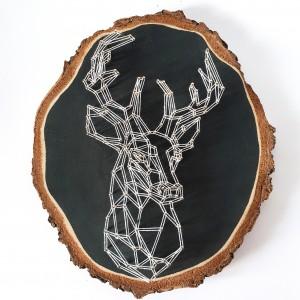 Geometryczny jeleń obraz na plastrze drewnianym