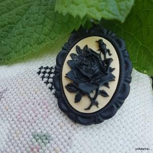 Broszka Camea Czarna Róża