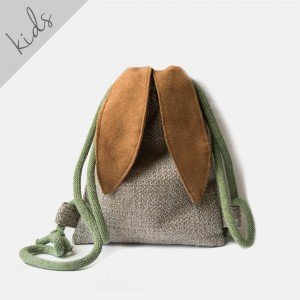 Mini plecak królik z plecionki