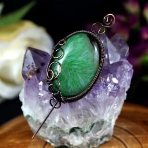 Agat, Miedziana broszka z agatem zielonym,  prezent dla niej, prezent dla mamy, prezent urodzinowy niepowtarzalna biżuteria