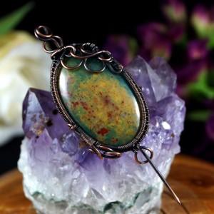 Heliotrop, Miedziana broszka z kamieniem krwistym, prezent dla niej, prezent dla mamy, prezent urodzinowy niepowtarzalna biżuteria