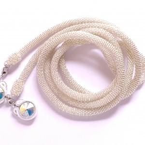 Długi naszyjnik lariat w kolorze srebrzystm (crystal)