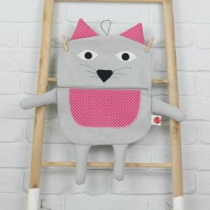 pożeracz piżamy- kot szary