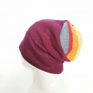 czapka amarantiwa na podszewce