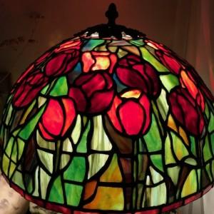 Lampa witrażowa Tiffany Tulipany