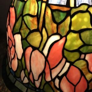 Lampa witrażowa Tiffany Lotos