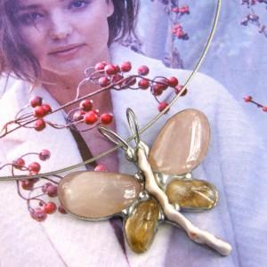 Naszyjnik: Motyl wisiorek kwarc różowy i cytryn