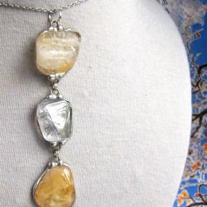 Długi wisiorek z łańcuszkiem: kryształ górski i cytryn
