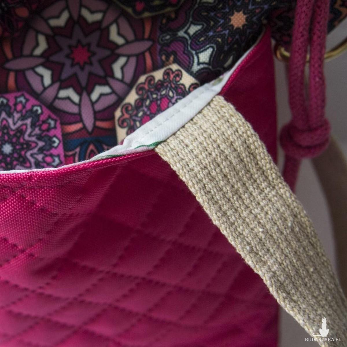 Pikowana torba z kominem do wózka azulejo