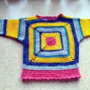 Sweterek dzieciecy
