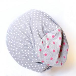 czapka dzianinowa szara w kropki grochy