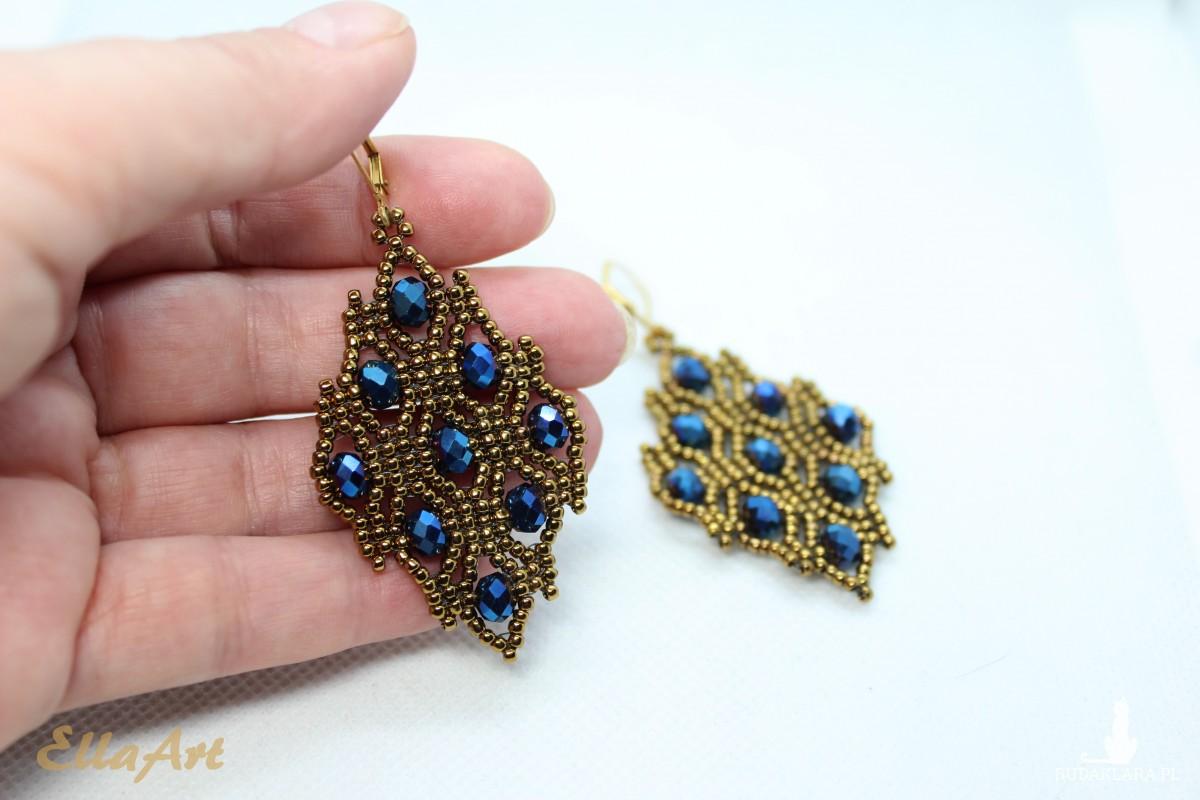komplet biżuterii w kolorze antycznego złota
