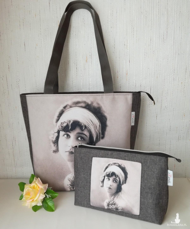 Torebka damska shopper bag na ramię wodoodporna handmade - kobieta z gerberami + kosmetyczka