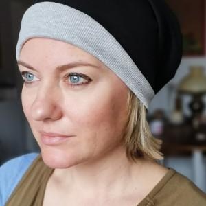 czapka damska szara z czarnym