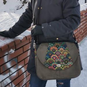 Duża listonoszka torebka z klapką damska na ramię eko zamsz nubuk handmade kolor khaki