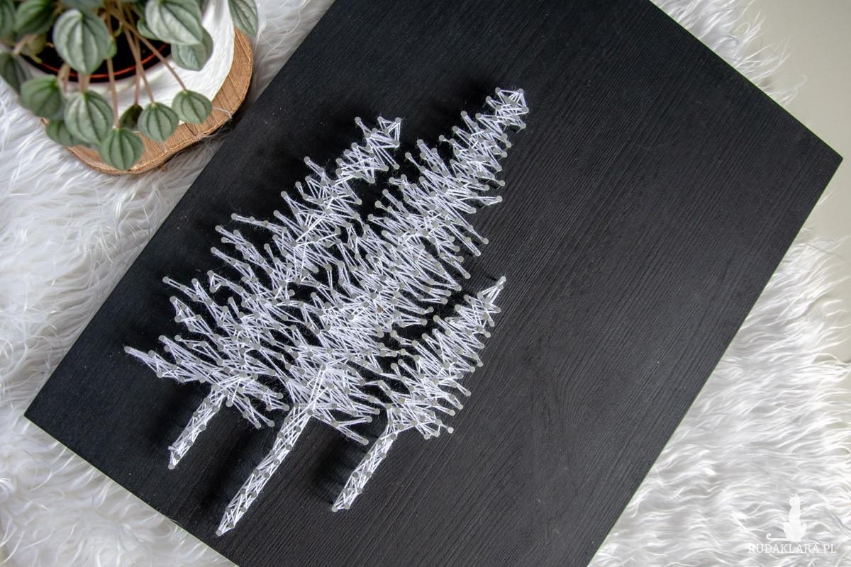 Obraz drewniany Choinki Choinka Czarno biały String Art