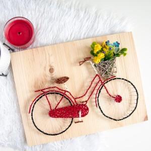 Nowoczesny obraz na ścianę Rower miejski cyklista kosz kwiatow String Art