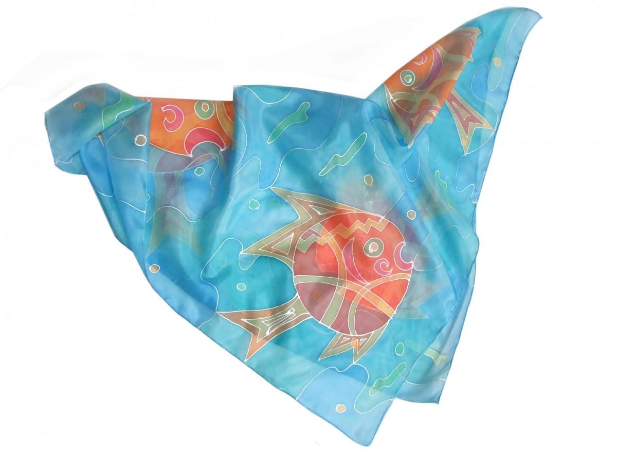 Ręcznie malowana jedwabna chusta Ryby