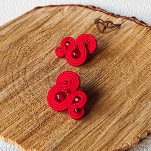 Czerwone mini sztyfty sutasz