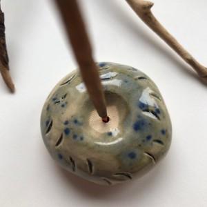 PALOLOPULI podstawka na kadzidełko