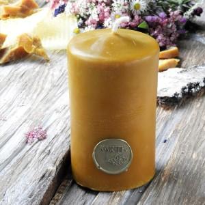 Duża, wytworna świeca z wosku pszczelego edytuj