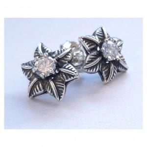 116 stare, srebrne, oryginalne kolczyki;