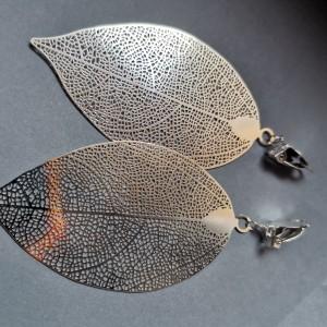 Klipsy wiszące liście