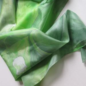 Jedwabna chusta Konwaliowa malowana
