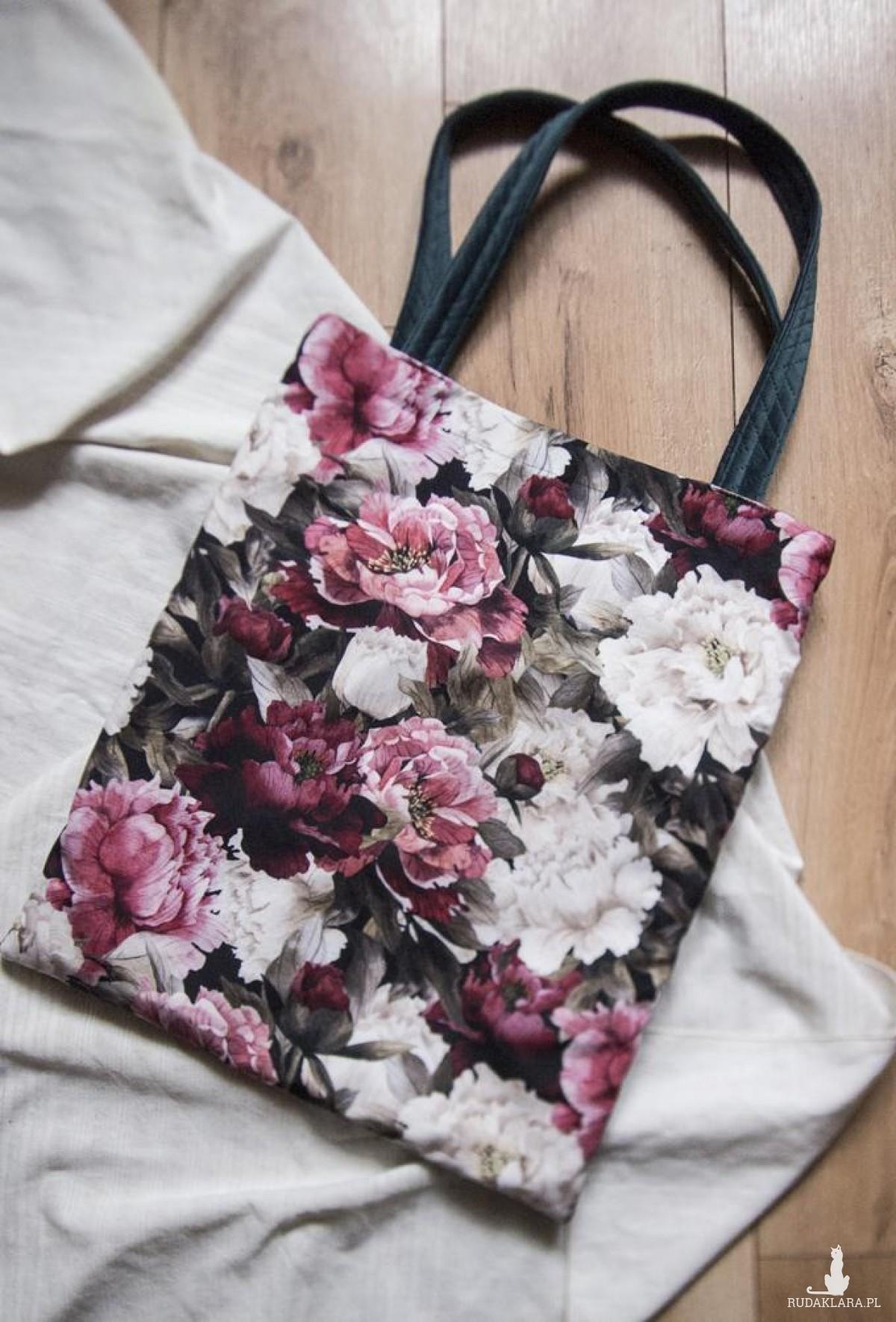 Duża zielona torba w kwiaty