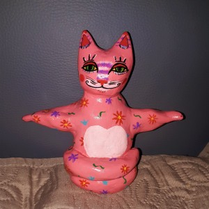 "Yoga Cat ""Pinky"""