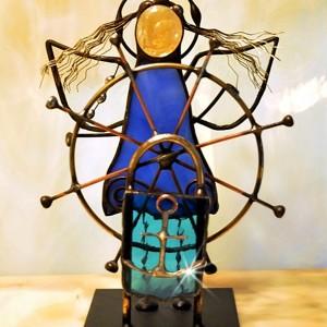 Aniołek witrażowy 3D  sternik/żeglarz
