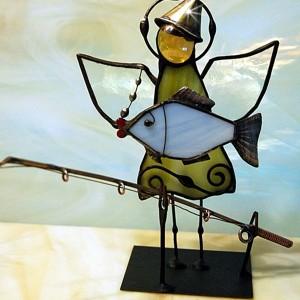 Aniołek witrażowy 3D  wędkarz