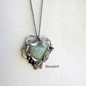 Zawieszka, wisior -Awenturyn i zielone, naturalne perły