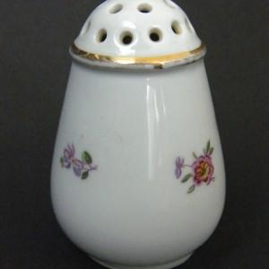 Porcelanowa solniczka