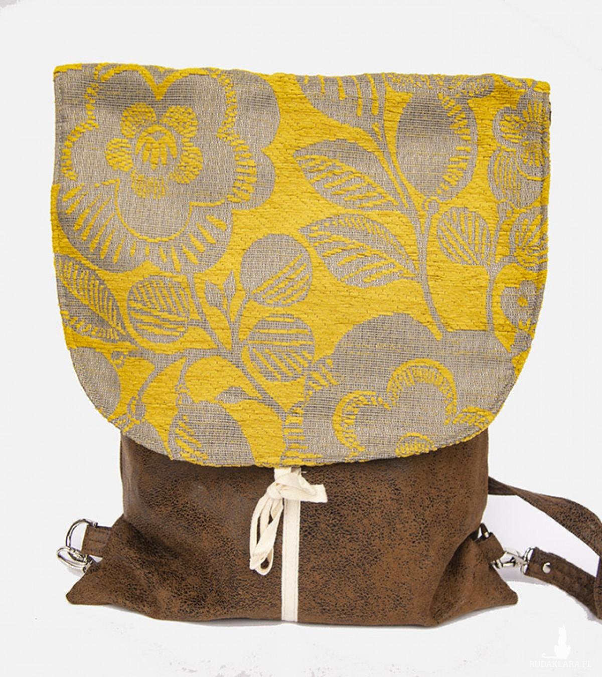 Skórzany plecak z klapą w kwiaty