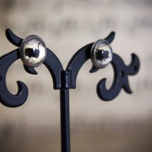 Małe kolczyki sztyfty, kozie oczy, ręcznie malowane szkło