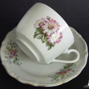 Filiżanka i talerzyk, porcelana kwiatowe wzory