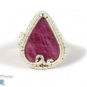Rubin, srebrny pierścionek z rubinem, regulowany, prezent dla niej, prezent dla mamy, biżuteria ręcznie robiona, wire wrapped